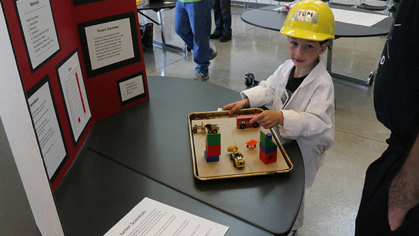 Young scientists come to campus for STEM fair