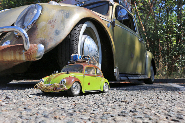 Vintage VW show draws thousands to campus