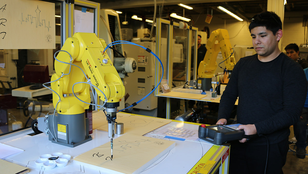 New program in Mechatronics prepares graduates for innovative manufacturing jobs